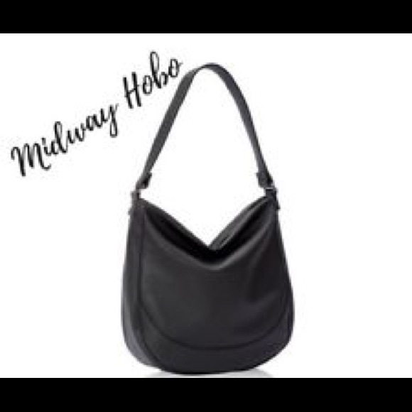 a4e606b7496 Thirty One Midway Hobo. M 5aad849045b30c1d1a0fe3e4. Other Bags ...